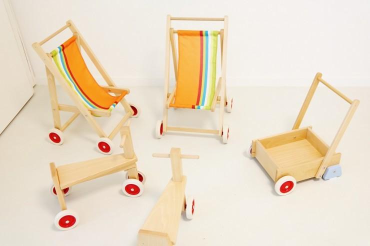 crèche- jouets en bois